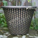 Pair of 11 (28cm) Pinecone design gold effect Planters